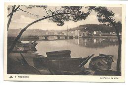 AUDIERNE - Le Port Et La Ville - Audierne