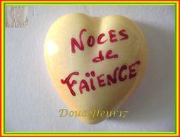 Clamecy ...Coeur Jaune écrit Rouge ... Noces De Faïence .. Ref : Avant 1993 - Antiguos