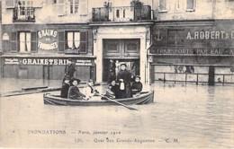75 - PARIS 06 ° - INONDATIONS De PARIS ( Janvier 1910 ) Quai Des Grands Augustins ( Graineterie / Transports ) CPA Seine - La Crecida Del Sena De 1910