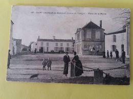 CPA -17- SAINT SAUVEUR DE NUAILLE DE COURCON -187- PLACE DE LA MAIRIE - France