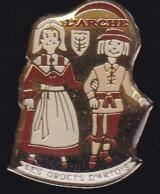 65828- Pin's-l'Arche.les Groets D'artois. - Steden