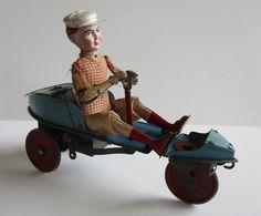 ( Fernand Martin )l'Entraineur SKIFF VB Et Cie  1928 - Jouets Anciens