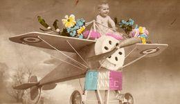 CP. Bébé. Avion - Babies
