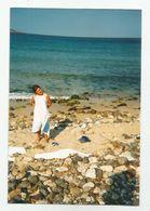 Girl On The Beach  Za512-362 - Persone Anonimi