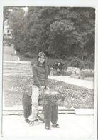 Girl Pose For Photo Za552-362 - Persone Anonimi