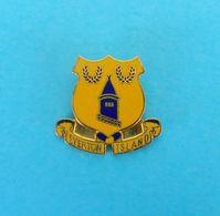 EVERTON FC - EVERTON ISLAND - England Football Soccer Club Enamel Pin Badge Fussball Calcio Futbol Foot Futebol British - Fussball