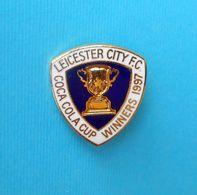 LEICESTER CITY FC - COCA COLA CUP WINNERS 1997 England Football Soccer Club Pin Badge * Fussball Calcio Futbol Foot - Fussball