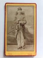 Cdv Soldat Militaire Uniform Complete Photographie Leon Lisieux Named Jules Bandier - War, Military