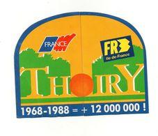 Autocollant Thoiry France Et FR3 île-de-France Pass Thoiry Park 1988- Format : 15x11.5 Cm - Pegatinas