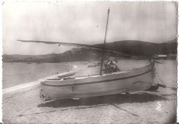 ARGELES PLAGE - Un Bateau De Pêche Sur La Plage Du Racou - Cpsm - Argeles Sur Mer