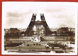 75- PARIS  -Construction Of The EIFFEL TOWER 1888-Photograph By Pierre PETIT-Scans Recto Verso - Eiffelturm