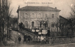 Chevrières (Isère) Ecole Communale Et Mairie - Edition Bonneton - Francia