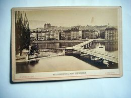PHOTO GRAND CDV GENEVE ET LE PONT DES BERGUES Phot F CHARNAUX GENEVE SUISSE - Ancianas (antes De 1900)