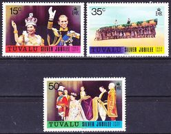 Tuvalu 1977 Silver Jubilee Queen Elizabeth II. Complete Set Mi 43-45 MNH ** - Tuvalu