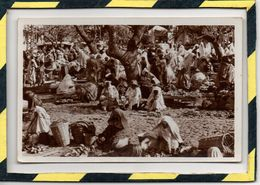 TANGER . - . SUR LE GRAND SOCCO - MARCHANDS. EDITION LEBRUN FRERES - TANGER. CARTE PHOTO - Tanger