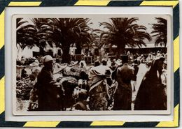 TANGER . - . SCENE TYPIQUE AU GRAND SOCCO - EDITION LEBRUN FRERES - TANGER. CARTE PHOTO - Tanger