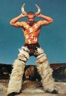 Homme Torse Nu Portant Des Cornes Pantalon En Peau D'animal Poilu JEAN-PAUL GAULTIER Shirtless Man Wearing Horns - Mode
