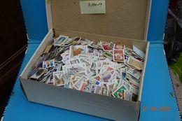 Raf 19 - Millier Timbres Belge Sur Fragments Petit Et Grand Format - Toutes époques - Sellos