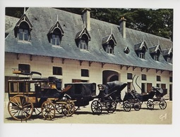 Malle-Poste, Landau, Petit-duc, Vis à Vis, Voitures Anciennes Devant Les écuries Di Château De Chaumont (cp Vierge) - Taxis & Fiacres