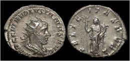 Volusian AR Antoninianus Felicitas Standing Left - 5. L'Anarchie Militaire (235 à 284)