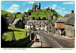 Corfe Village And Castle - Angleterre