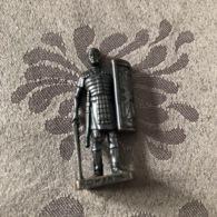 KINDER METAL / ROMAN - ROMAIN N°4 - Metal Figurines