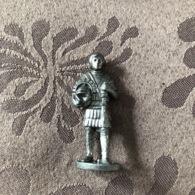 KINDER METAL / SOLDAT ROMAIN N°4 - Metal Figurines