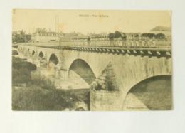 Decize.Pont De Loire Avec Régiment Militaire - Decize