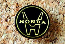 Pin's HONDA Logo Rond Diamètre 22mm - époxy - Fabricant Inconnu - Honda