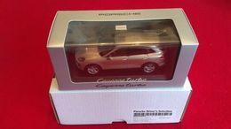 Porsche Cayenne Turbo (2014) Or 1/43 Minichamps - Minichamps