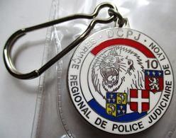PORTE-CLEFS NEUF POLICE NATIONALE SERVICE REGIONAL DE POLICE JUDICIAIRE DE LYON DCPJ BLEU BLANC ROUGE - Porte-clefs