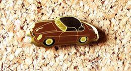 Pin's PORSCHE 356 Marron - Verni époxy - Fabricant Inconnu - Porsche