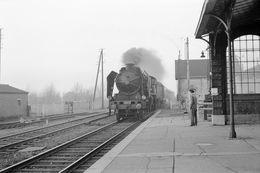 Bergues. Locomotive 231 C 18. Express 2042 Dunkerque - Paris. Cliché Jacques Bazin. 14-02-1959 - Trains