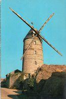 Moulin à Vent Un Moulin - Moulins à Vent