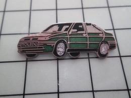 316c Pin's Pins / Beau Et Rare / THEME : AUTOMOBILES / SEAT TOLEDO VERT SAPIN - Pin's