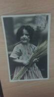 CP -  Jeune Fille - Portraits