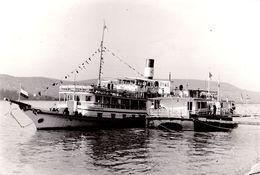 """VISEGRAD / DANUBE : BATEAU / SHIP : """" SZABADSAG """" Sur / On DANUBE - VRAIE PHOTO / REAL PHOTO : 9 X 13 CM - 1960 (af062) - Ungarn"""