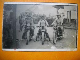 Carte Photo De 3 Hommes Sur Des Motos à Identifier . 2 Scans - Motorbikes