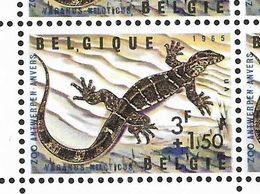 1346-V1 En Bloc De 4 Timbres P4 T25 Virgule Après Le L De Belgique (Alb. Noir N° 46) - Variétés Et Curiosités
