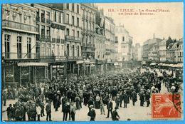 59 - Nord  - Lille La Grand'Place Un Jour De Bourse (N0842) - Lille