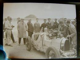 Négatif Souple Photographie Mlle COLETTE SALOMON Femme Pilote à L'arrivée à MONTLHERY En  1927 BUGATTI Danseuse Actrice - Automobile