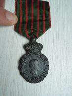 Médaille De Saint-Hélène - Médailles & Décorations