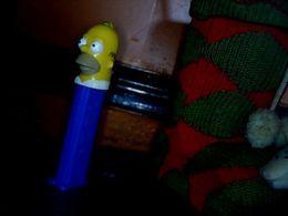 Publicité Distributeur PEZ  Homer Simpson - Pez