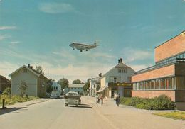 AIRPLANES - Norway - Fokker 28 Braathens SAFE Airlines - Stjordal - Kjopmannsgata - Rutefly Inn For Landing Pa Trondheim - 1946-....: Ere Moderne