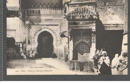 CPA  Fez (Maroc) Place Fontaine Nedjarine - Fez (Fès)