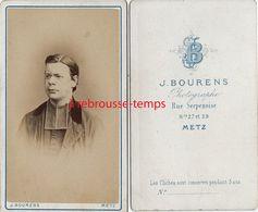 CDV Vers 1870-jeune Prêtre - Photo Bourens à Metz - Anciennes (Av. 1900)