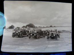 Négatif Souple Photographie Ligne De Départ  à  MONTLHERY En  1927 - Automobile