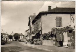 D63  VEYRE  Route Nationale Clermont Ferrand Issoire Hôtel Restaurant Théophile Montel        Pompes à Essence Voitures - Veyre Monton