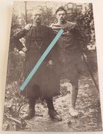 1915 Zouave Convalescent Soutenant Un Invalide Médaille Militaire Hopital Tranchée 14 18 Poilu WW1 2 Cartes Photos - War, Military