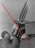 Photo 1939-45 Russie  Soldat Russe Armee Rouge Artillerie Anti Aerienne - 1939-45